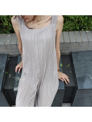 <HOT!> Beach to Bar Pleated Jumpsuit